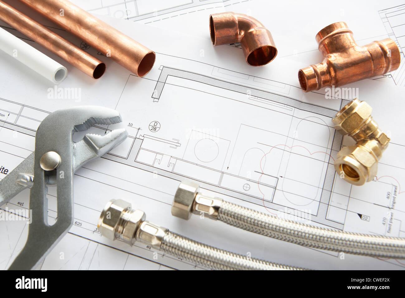 outils et mat riaux de plomberie banque d 39 images photo stock 50106306 alamy. Black Bedroom Furniture Sets. Home Design Ideas