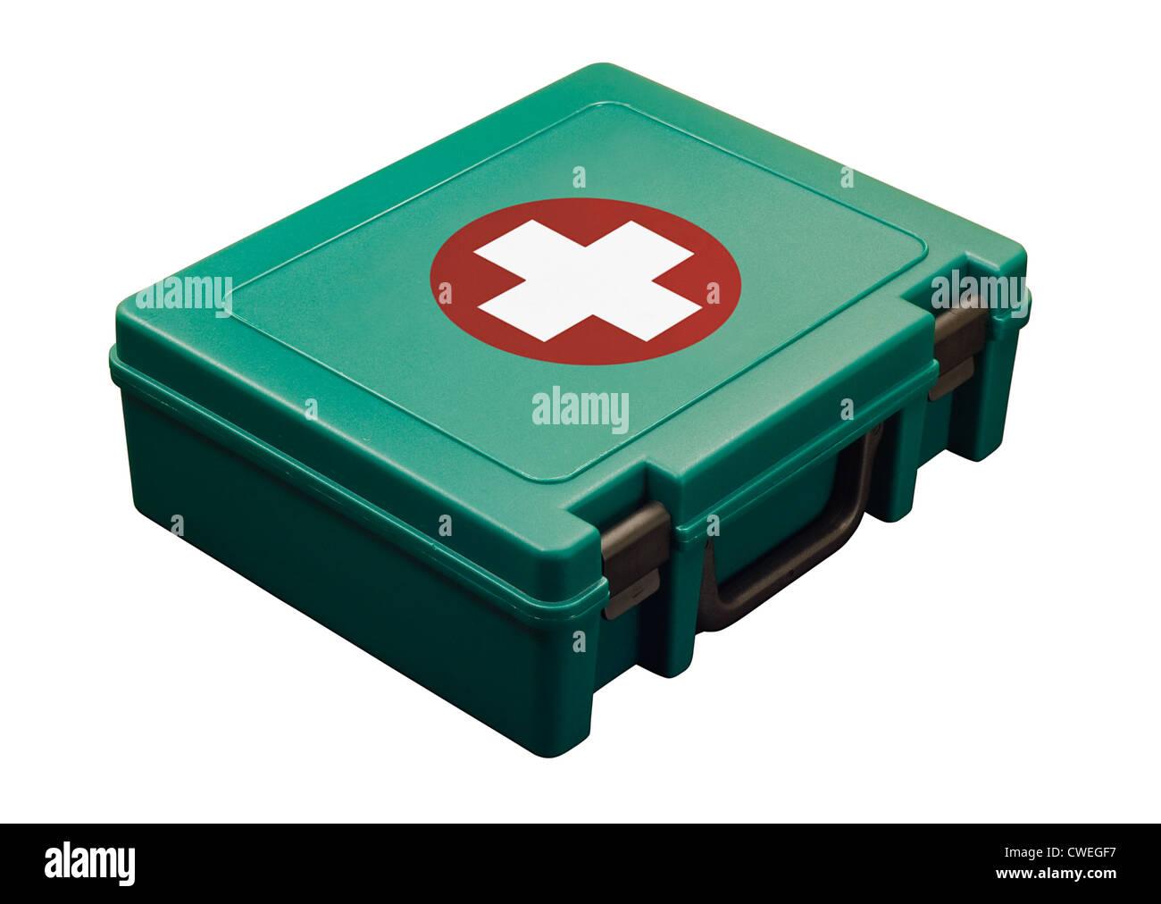 Trousse de premiers secours standard isolated on white Banque D'Images