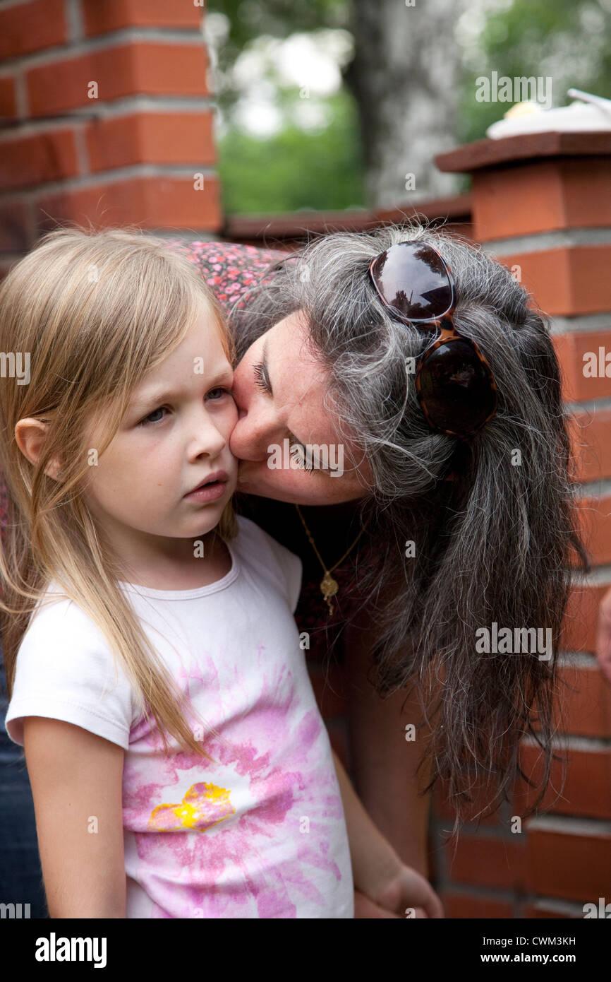 Maman baise sa fille