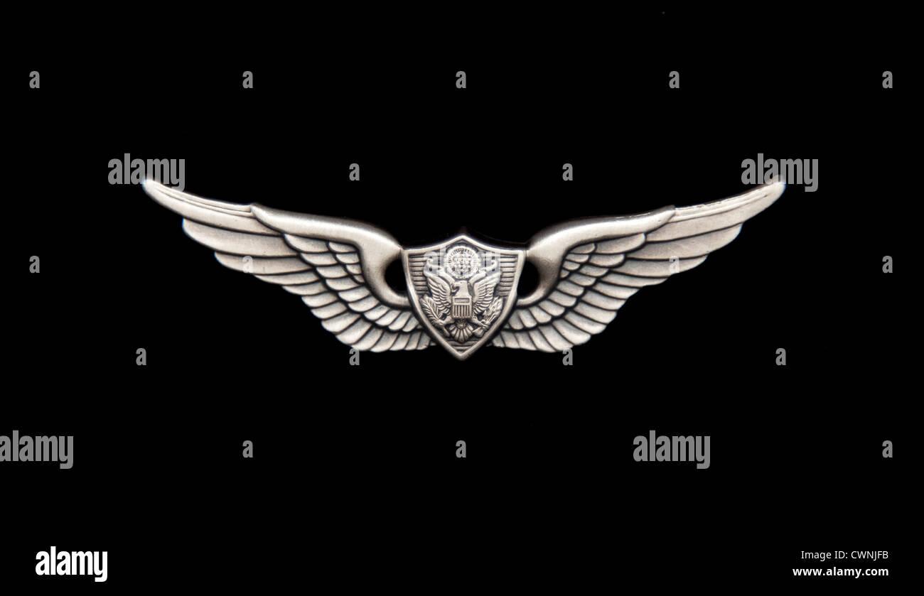 L'Aviation de l'armée américaine d'un insigne sur noir Photo Stock