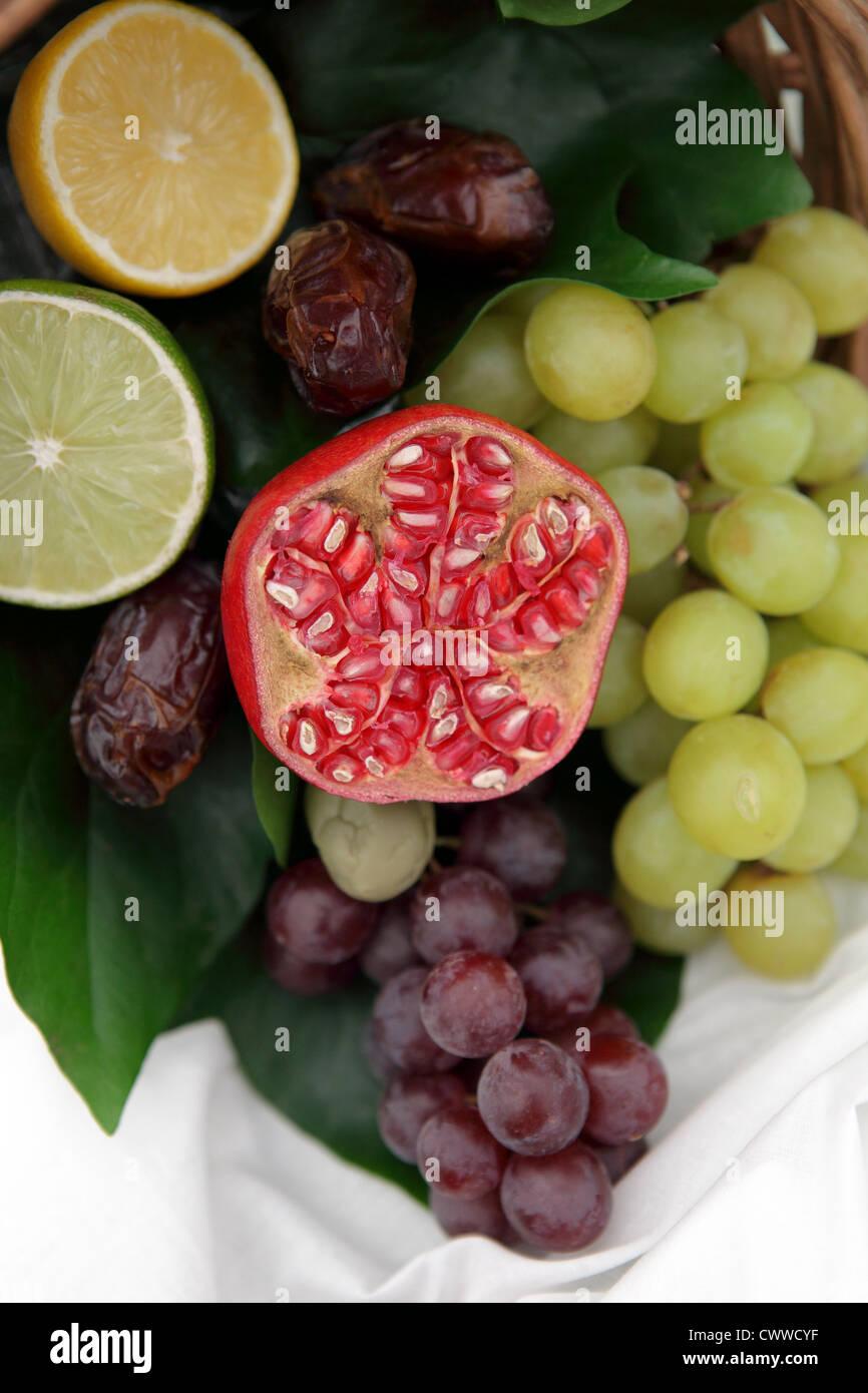 FruitsOne de (12) Images dans cette série en rapport avec les fruits et légumes biologiques, illustré Photo Stock