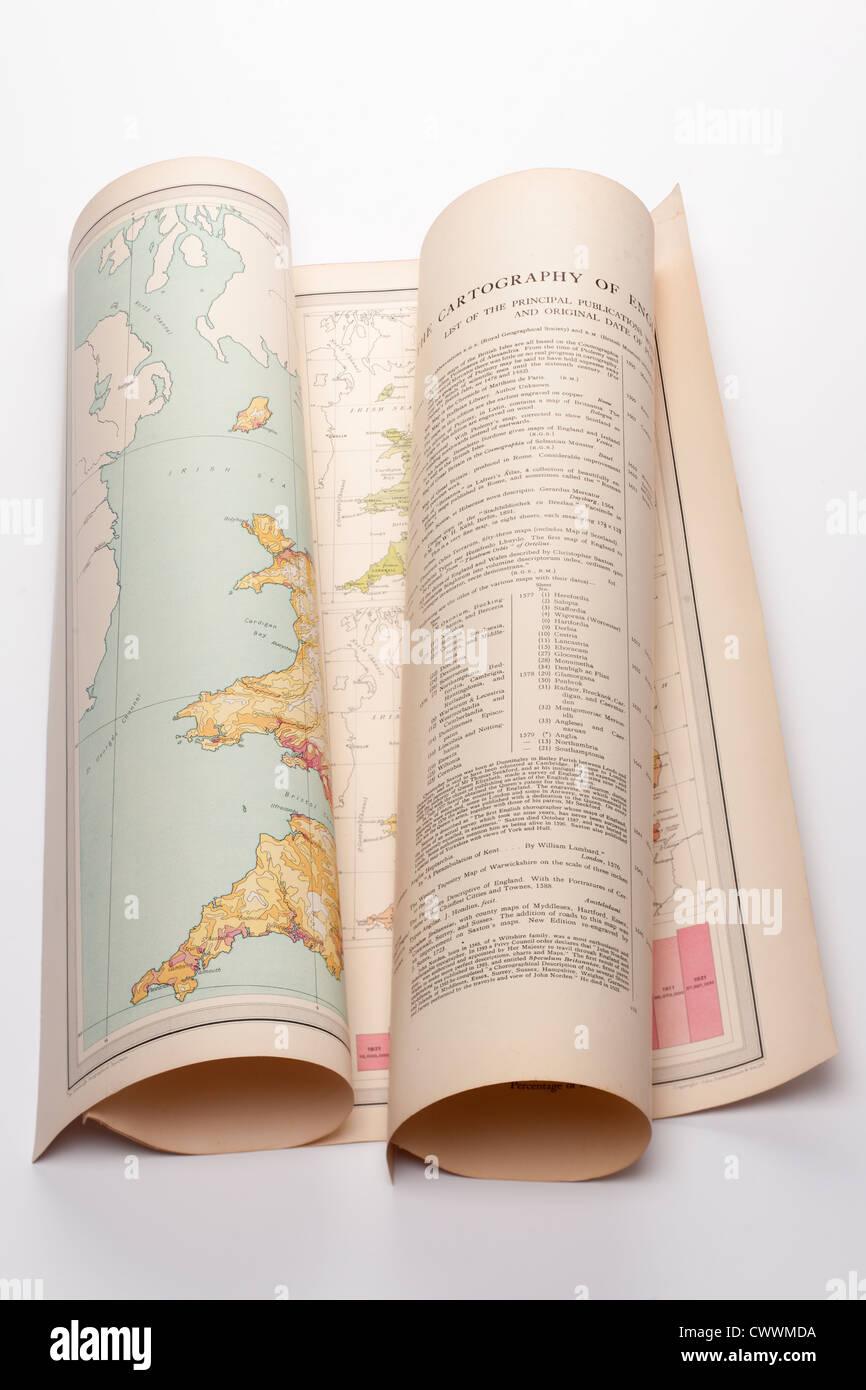Ancienne carte Cartographie pliée de l'Angleterre. Seulement éditoriale Photo Stock