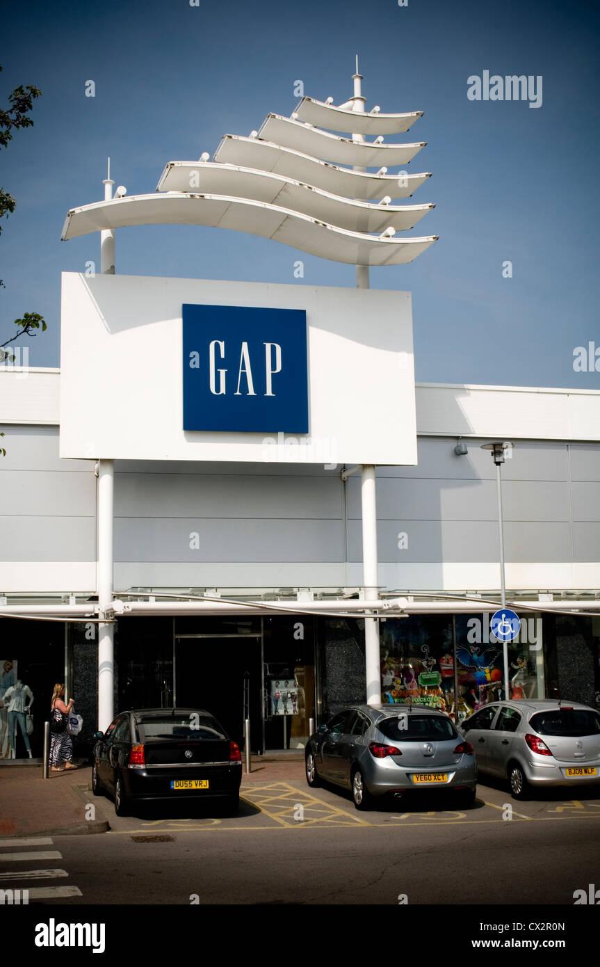 Détaillant de mode gap boutiques boutique parc logo oss en centre commercial ville Leeds UK Photo Stock