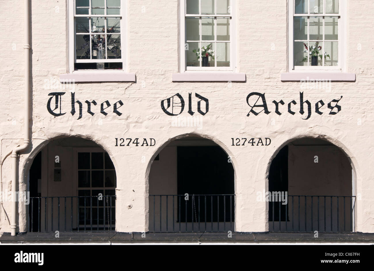Trois vieilles arcades, rue Bridge, rangée, Chester, Cheshire, Angleterre, RU Photo Stock