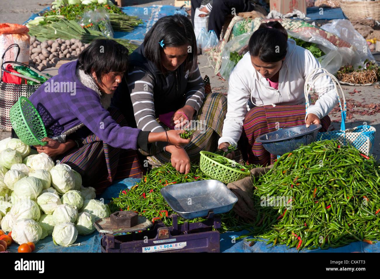 Marché alimentaire hebdomadaire du dimanche. Paro, Bhoutan, Asie Photo Stock