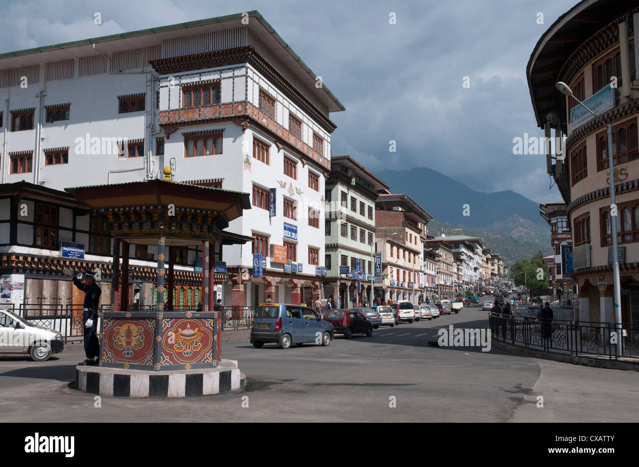 Intersection principale sur Norzin Lam dans le centre-ville, à Thimphu, Bhoutan, Asie Photo Stock