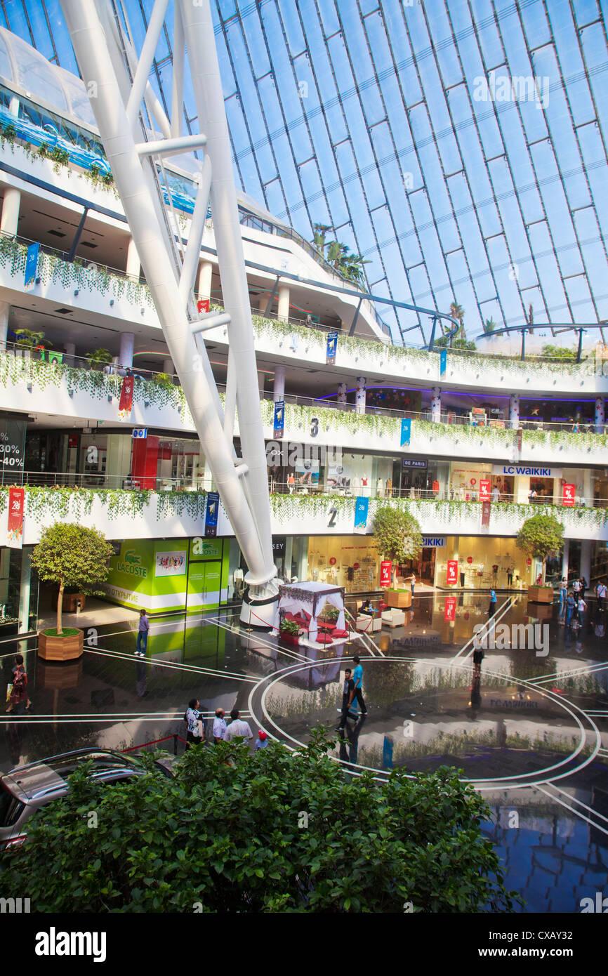 Khan Shatyr centre de shopping et de divertissement, Astana, Kazakhstan, en Asie centrale, Asie Banque D'Images
