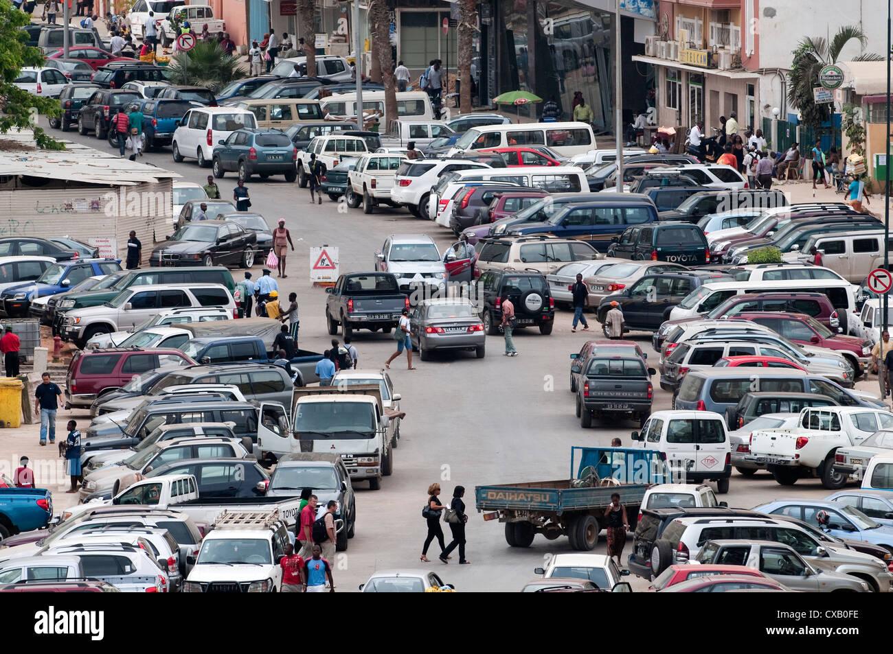 Des scènes de rue à Luanda, Angola, Afrique du Sud Photo Stock
