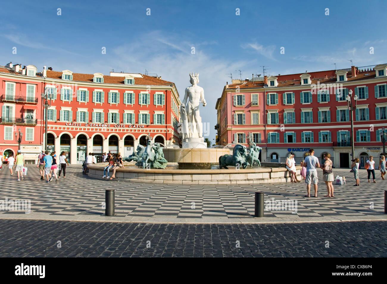 Fontaine du soleil (fontaine du soleil), de la place Masséna - Nice, France Photo Stock