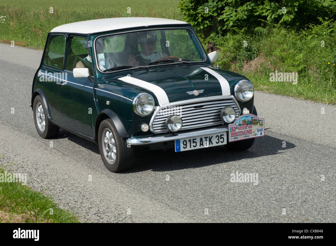 Austin Mini Cooper De 1982 Dans Le Tour De Bretagne France 2012