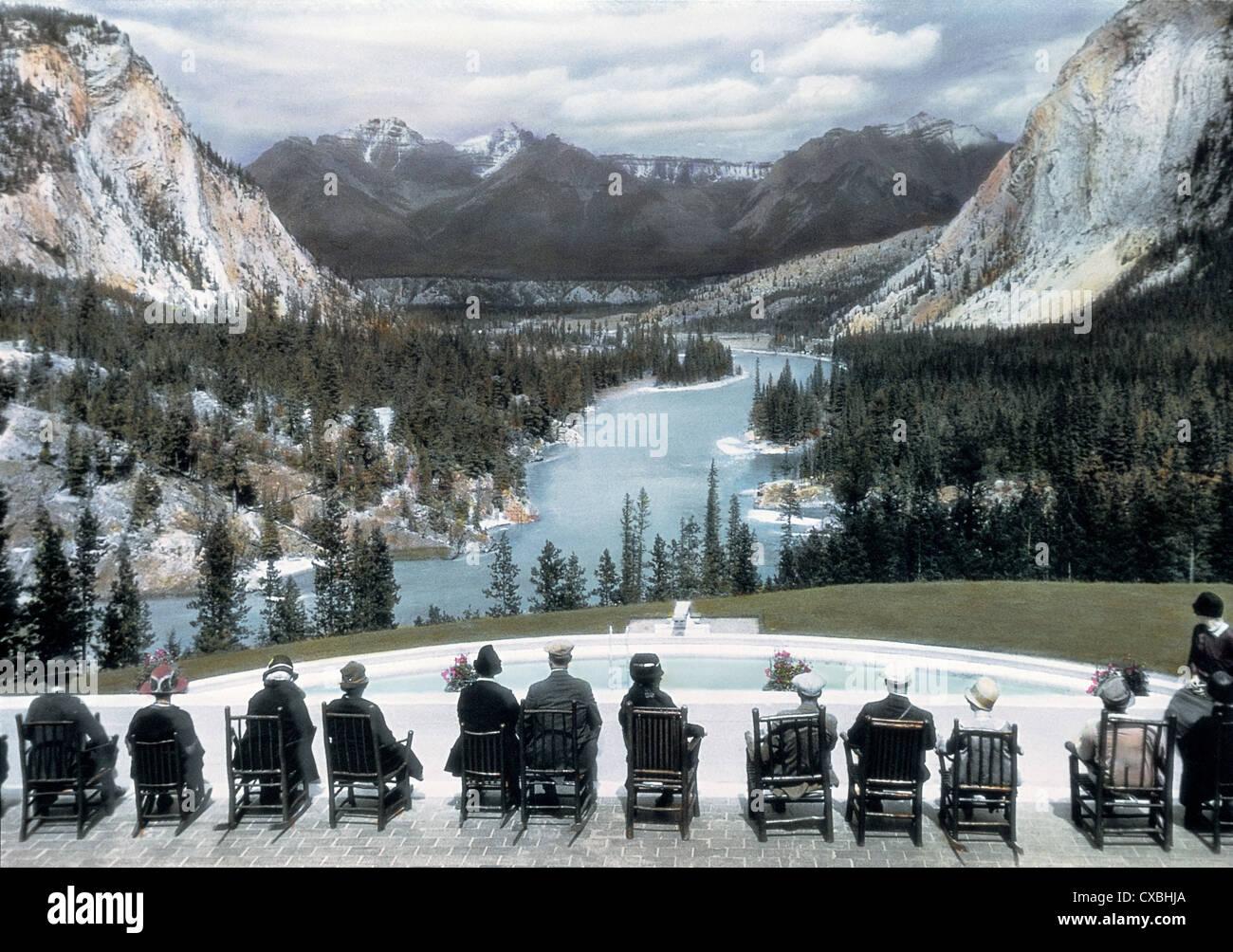 Voir les touristes, Banff Springs Hotel, Banff, Canada, 1916 Banque D'Images