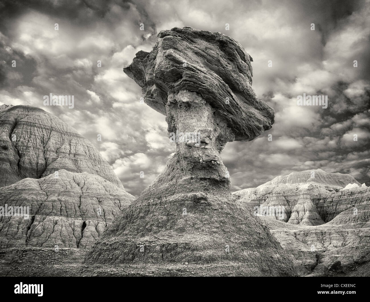 Rock d'équilibrage. Badlands National Park. Le Dakota du Sud Photo Stock