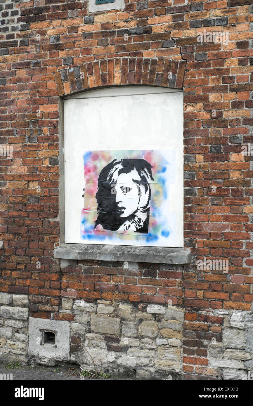 street art affiche d'un visage de femme banque d'images, photo stock