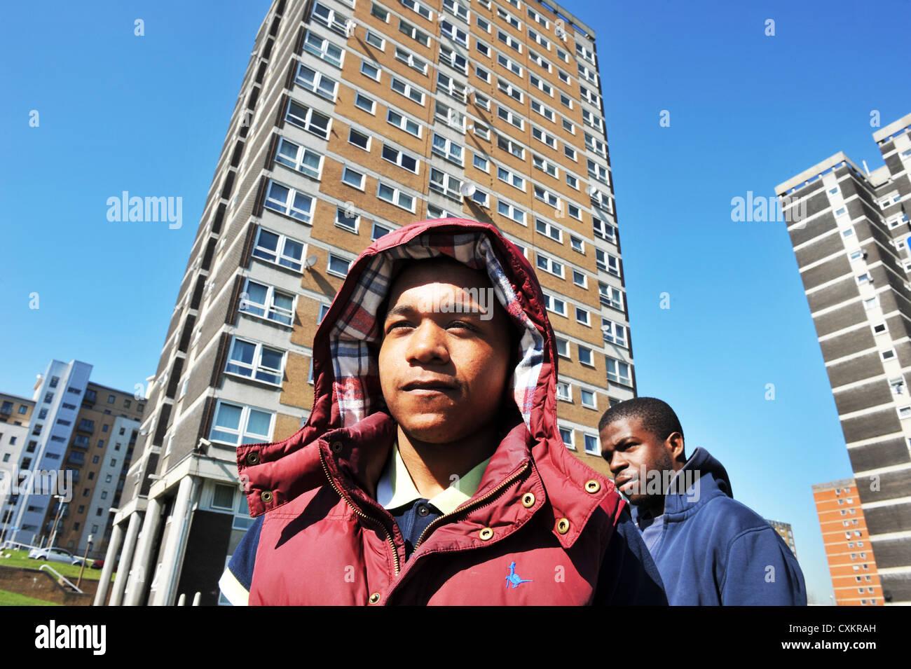 Les jeunes Les jeunes chômeurs Leeds UK Photo Stock