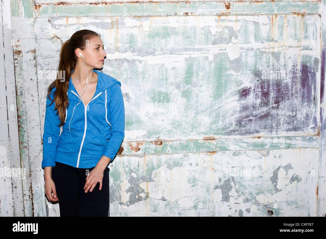Femme portant des vêtements de sport Photo Stock