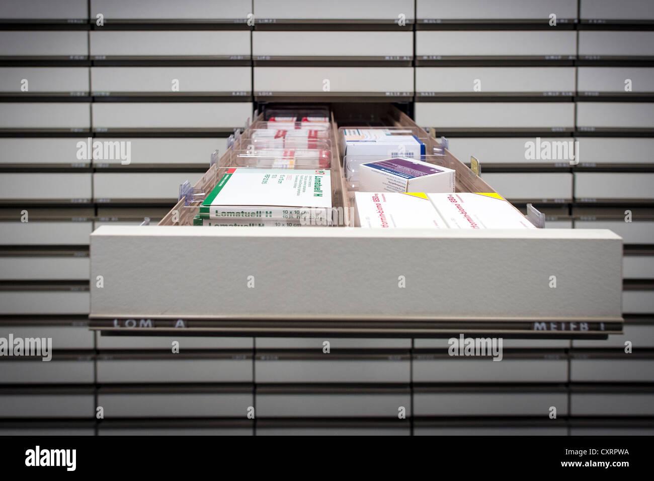 Tiroir avec la médecine, pharmacie, Stuttgart, Bade-Wurtemberg, Allemagne, Europe Photo Stock