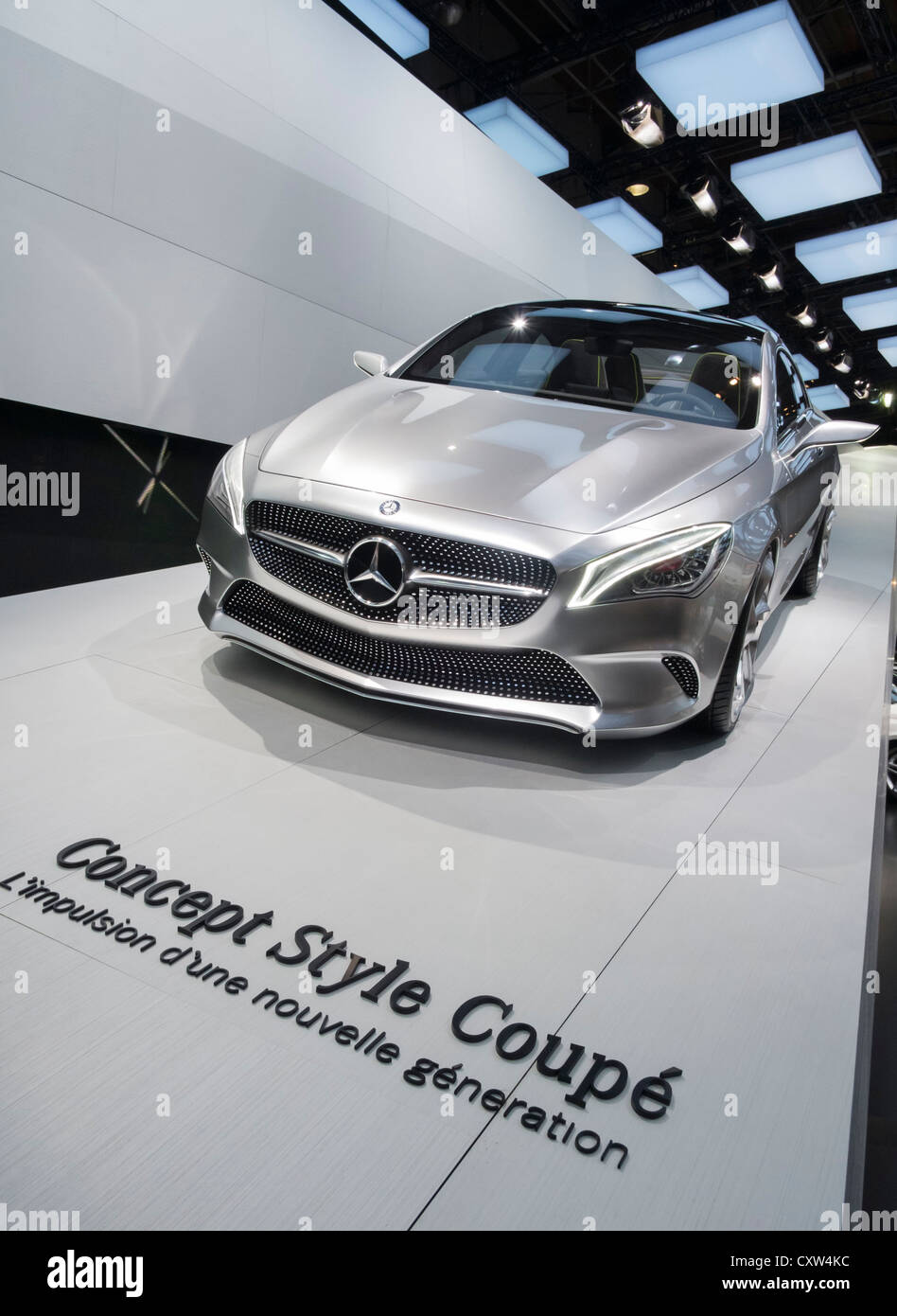 Nouvelle Mercedes Benz concept Style coupé sur l'affichage à Paris Motor Show 2012 Photo Stock