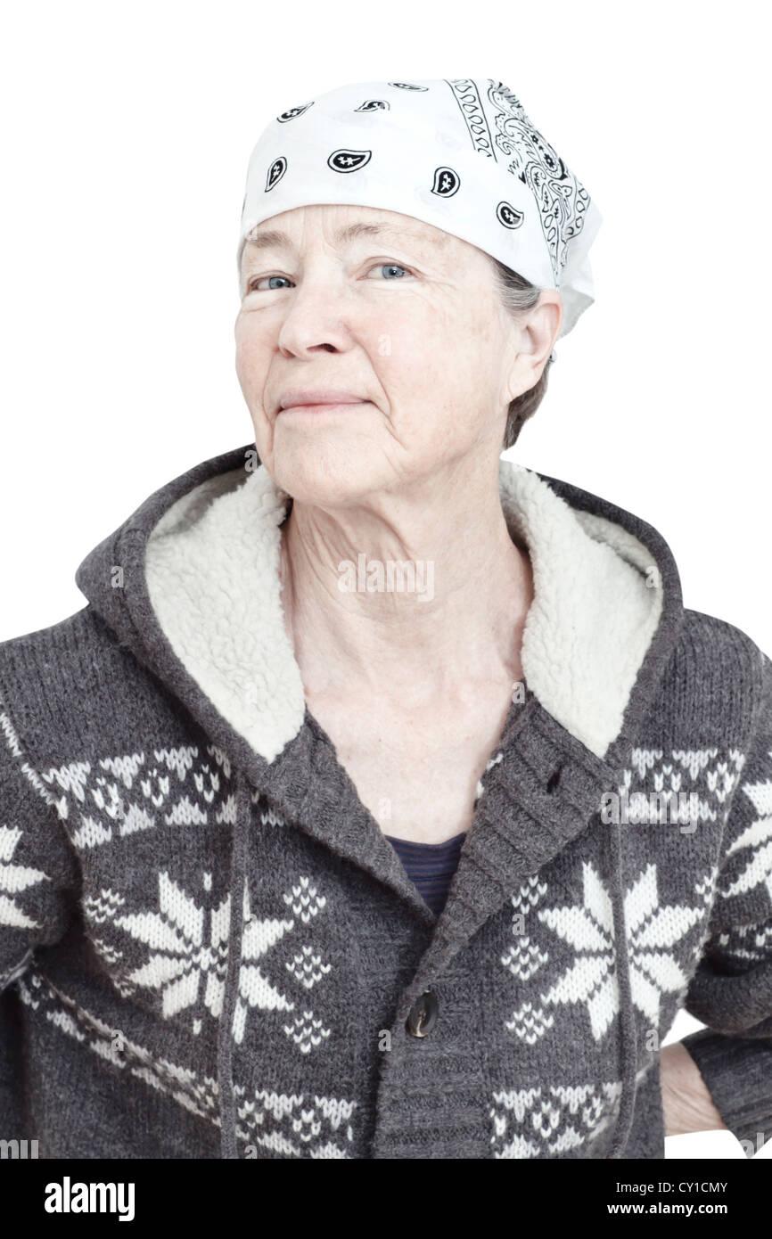 5e7dcfab563c Senior woman en vêtements d hiver et le port de foulard, portrait. Photo