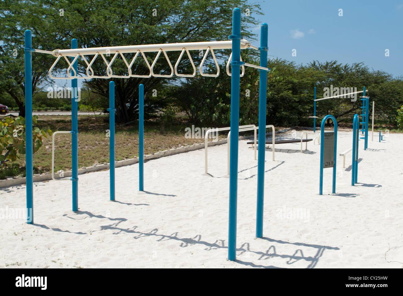 L'équipement d'exercice en plein air Photo Stock