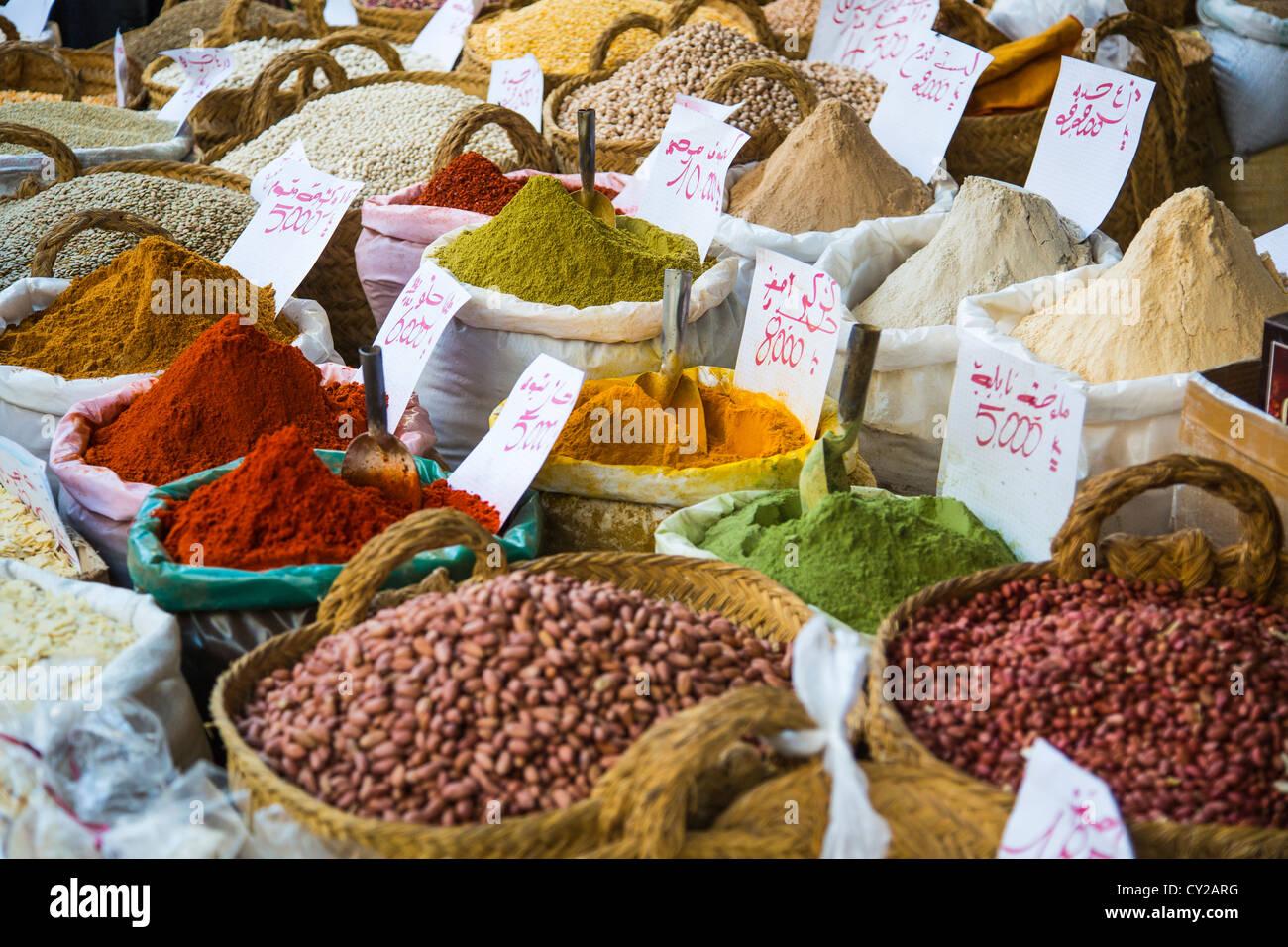 Les épices dans la médina, Tunis, Tunisie Photo Stock