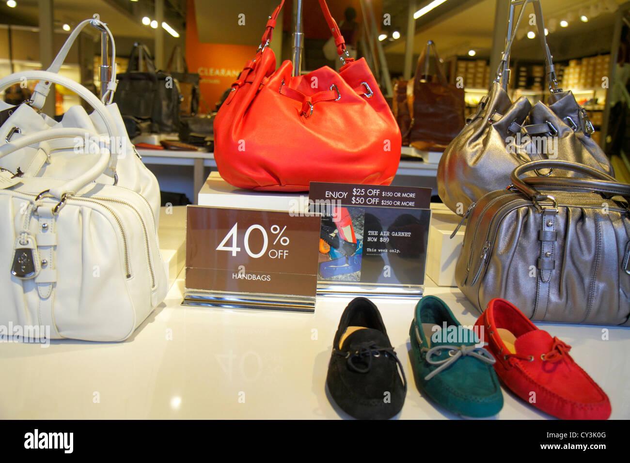 Maine Freeport Main Street Route 1 outlet store shopping mode au détail  pour la vente d 93c4f3293c0