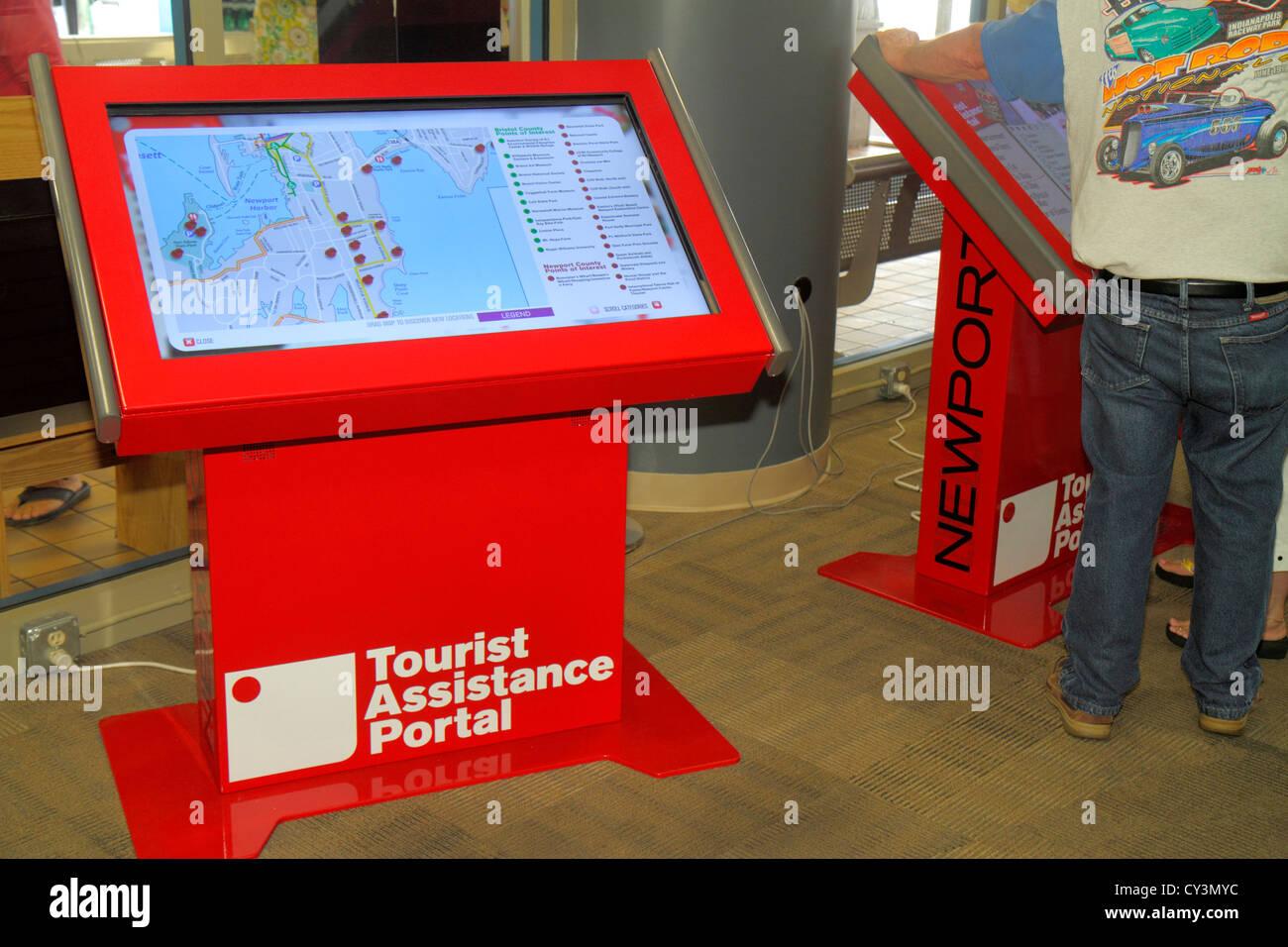 Découvrir Newport Newport Rhode Island tourist assistance centre visiteurs moniteur à écran tactile Photo Stock