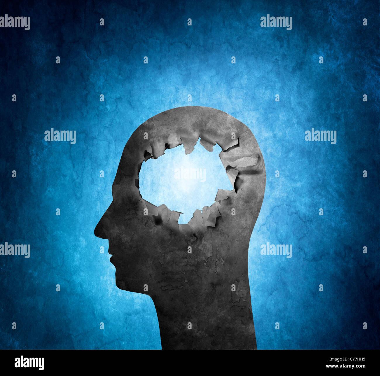 Image conceptuelle d'une tête en carton avec un trou. Banque D'Images