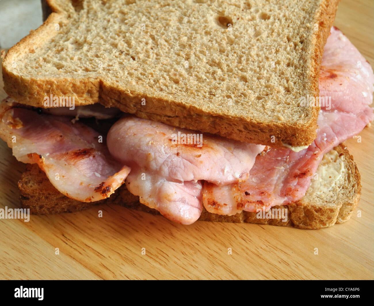 Un sandwich Bacon. À partir des archives de communiqués de presse (anciennement Service Portrait Portrait Photo Stock
