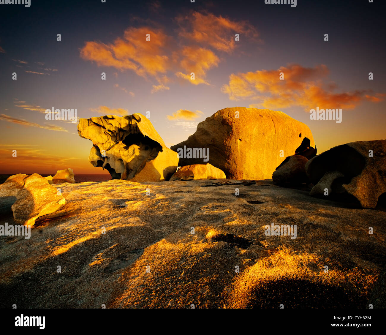 Coucher de soleil sur Remarkable Rocks, Kangaroo Island Photo Stock