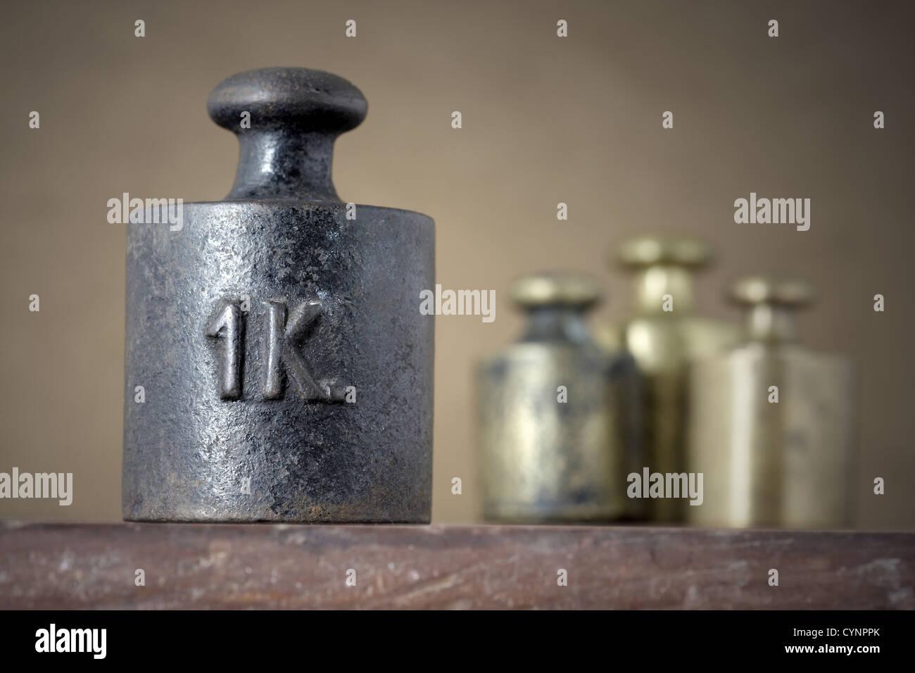 Vintage 1 kilogramme de poids fer d'étalonnage Photo Stock
