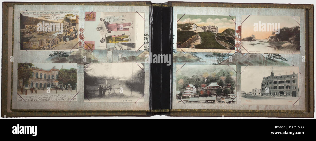 Héritage de Karl machiniste Dette dans Tsingtao, deux albums photo laqué, Wehrpass, décorations, Photo Stock