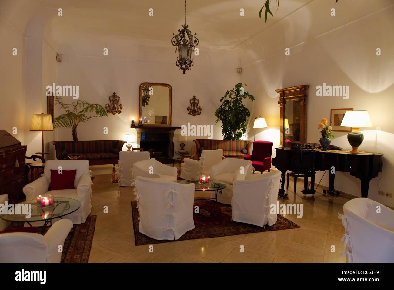 Le salon d'un hôtel de charme, l'hôtel Poseidon, Positano, Campanie, Italie Photo Stock