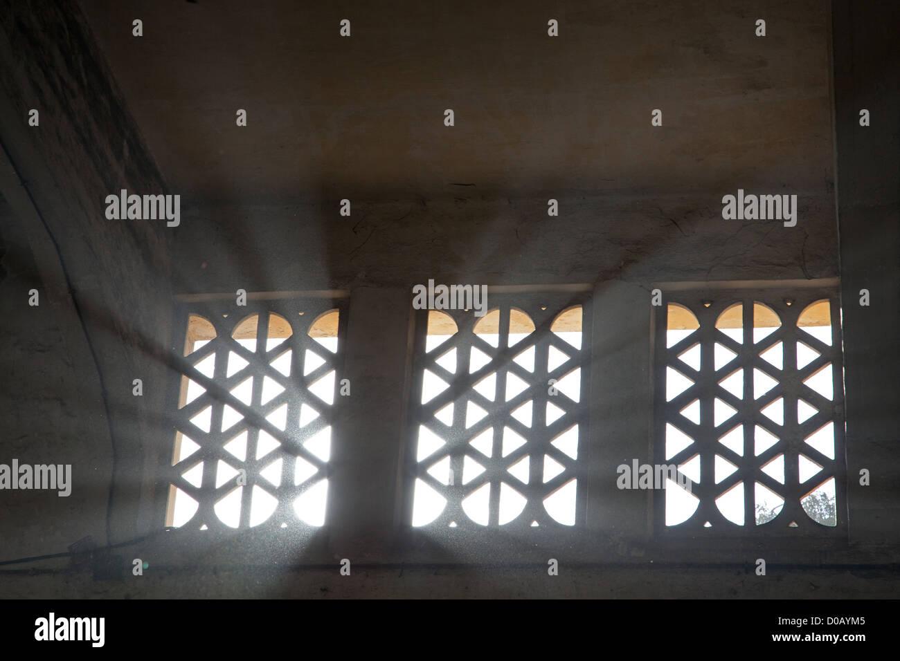 En MOUCHARABIEH architecture arabe traditionnelle ancienne friche urbaine LES ABATTOIRS DE CASABLANCA HÉRITAGE EN BÉTON ARMÉ Banque D'Images