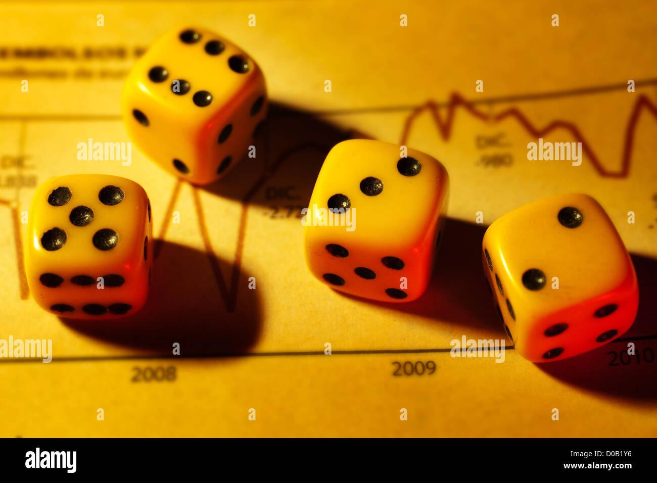 Dés et plan économique Photo Stock