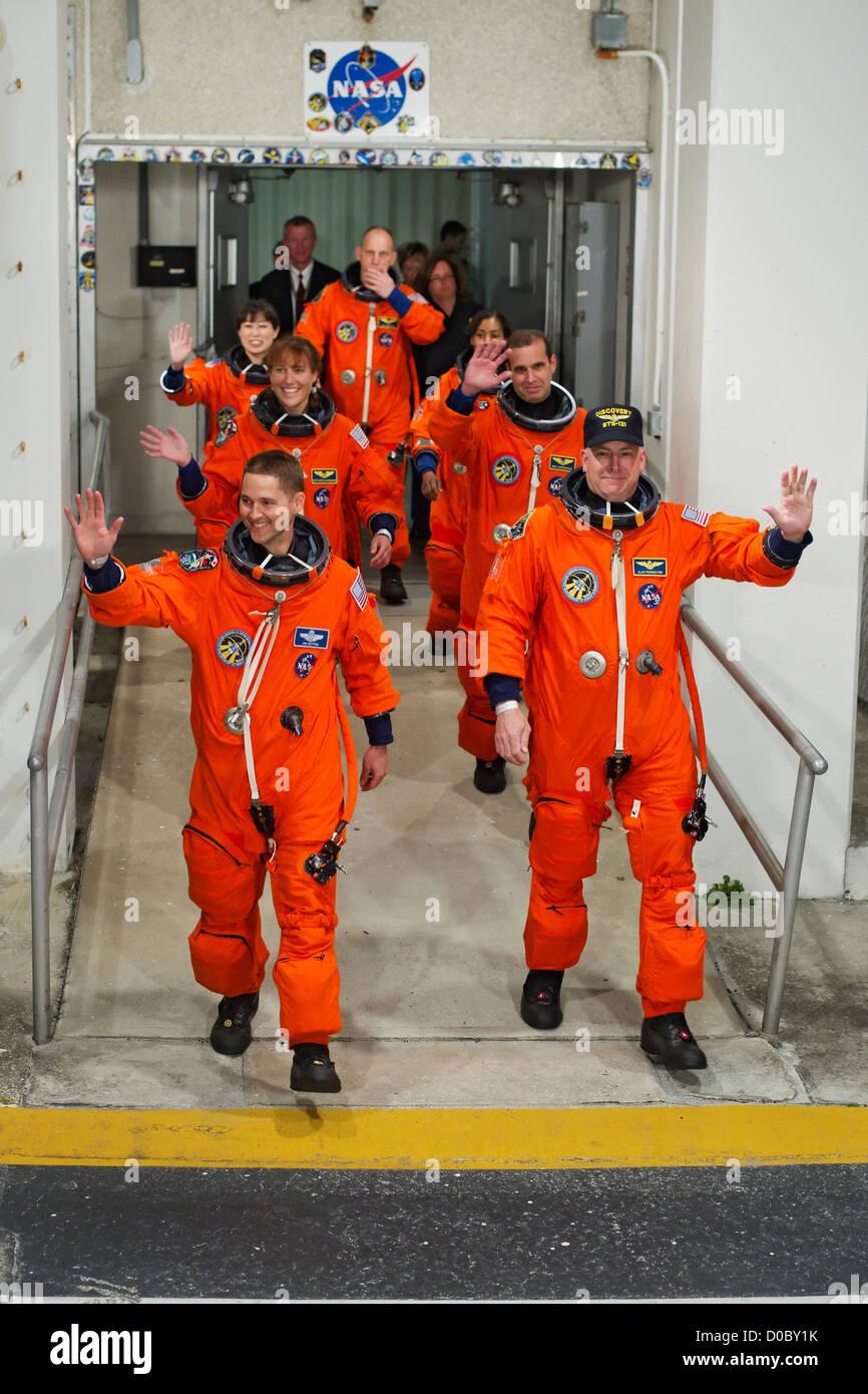 Les astronautes sortent de STS-131 Photo Stock
