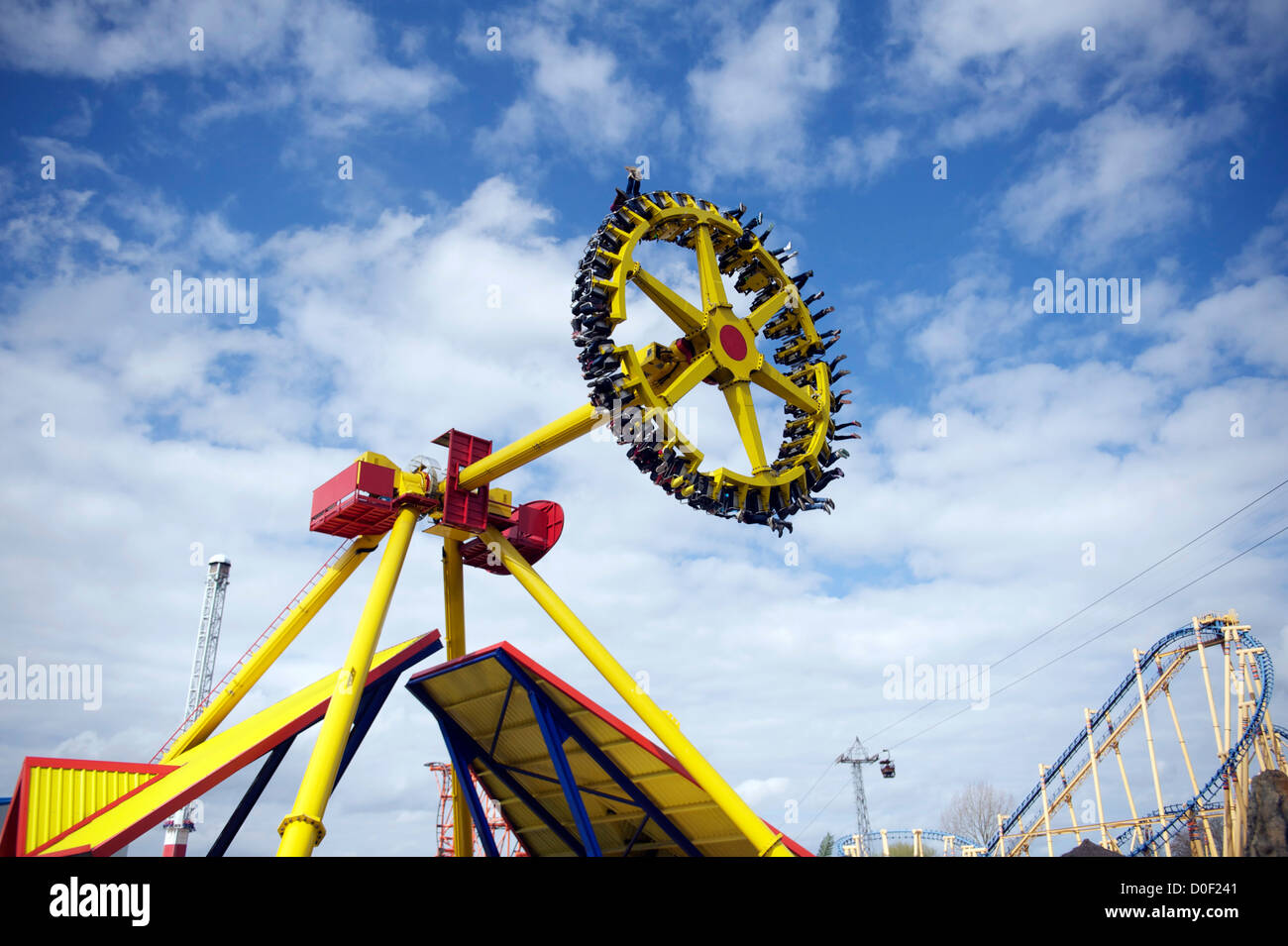 a191ef20850e83 Flip flop ride au Flamingo Land Resort près de Pickering dans Yorkshire du  Nord uk Photo