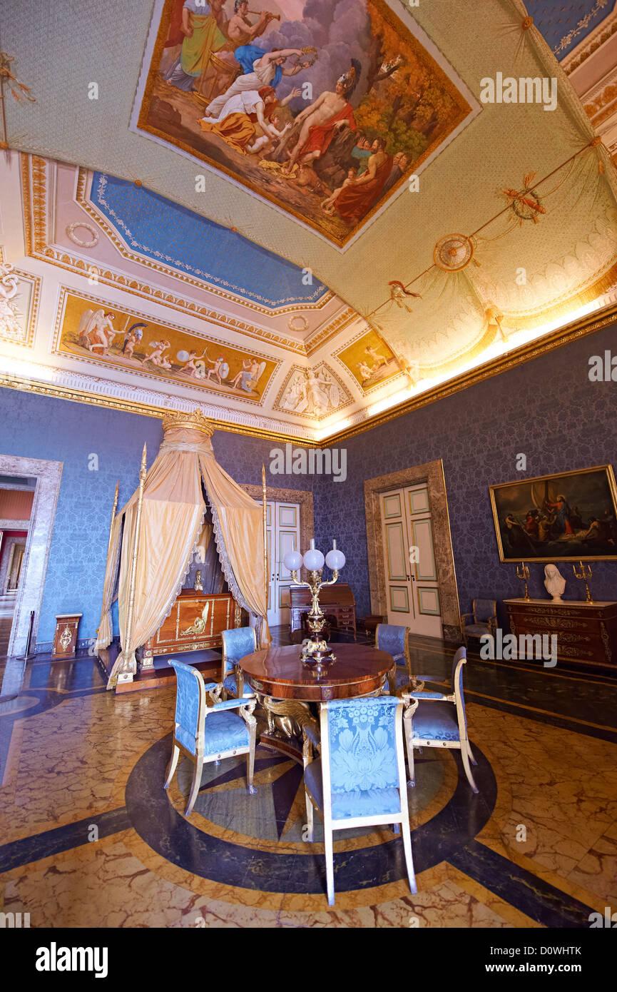 Chambre Dans Palais Royal Photos & Chambre Dans Palais Royal ...