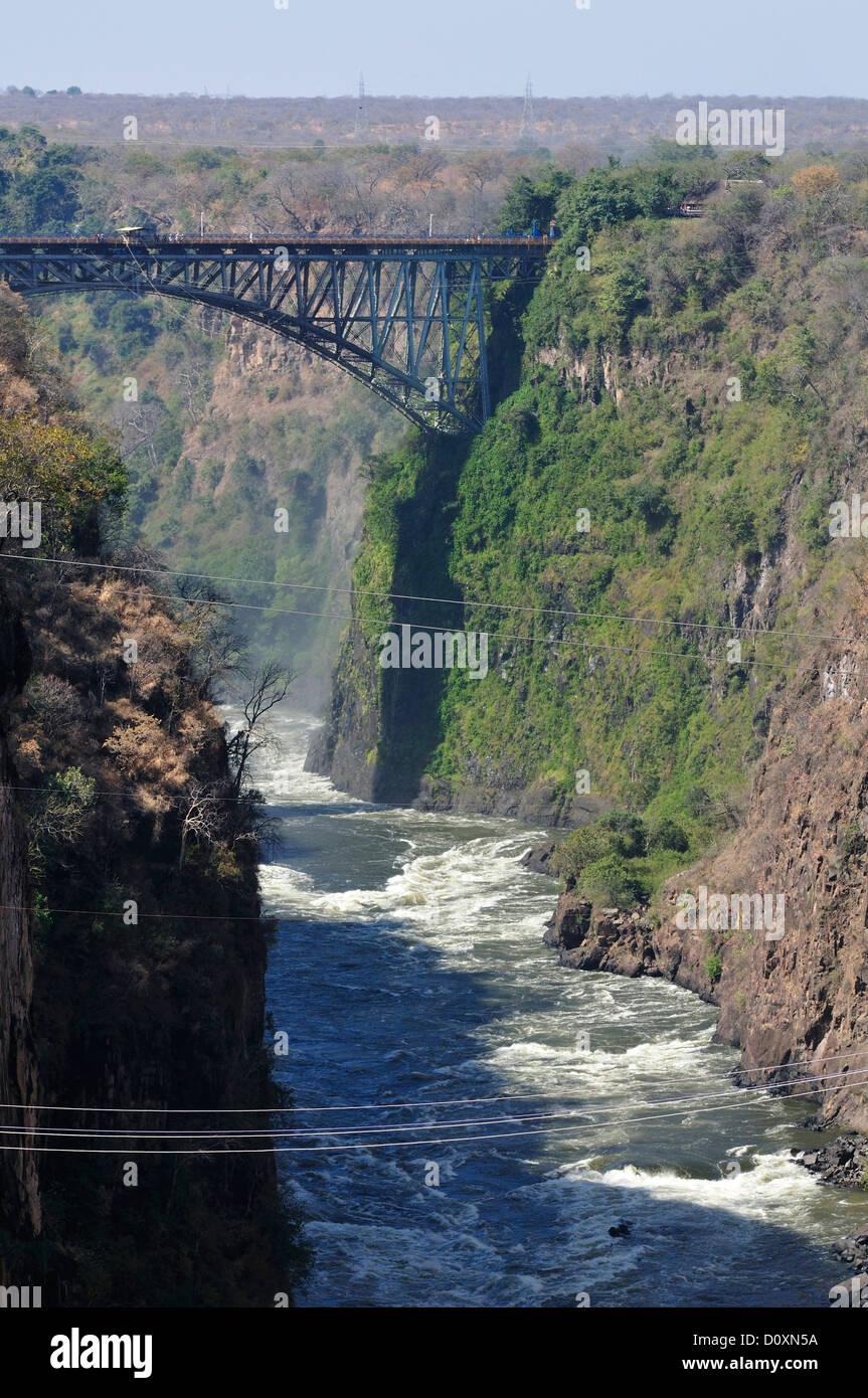 L'Afrique, le Zimbabwe, le Zambèze, fleuve, le sud de l'Afrique, les chutes Victoria, pont, frontière, Photo Stock