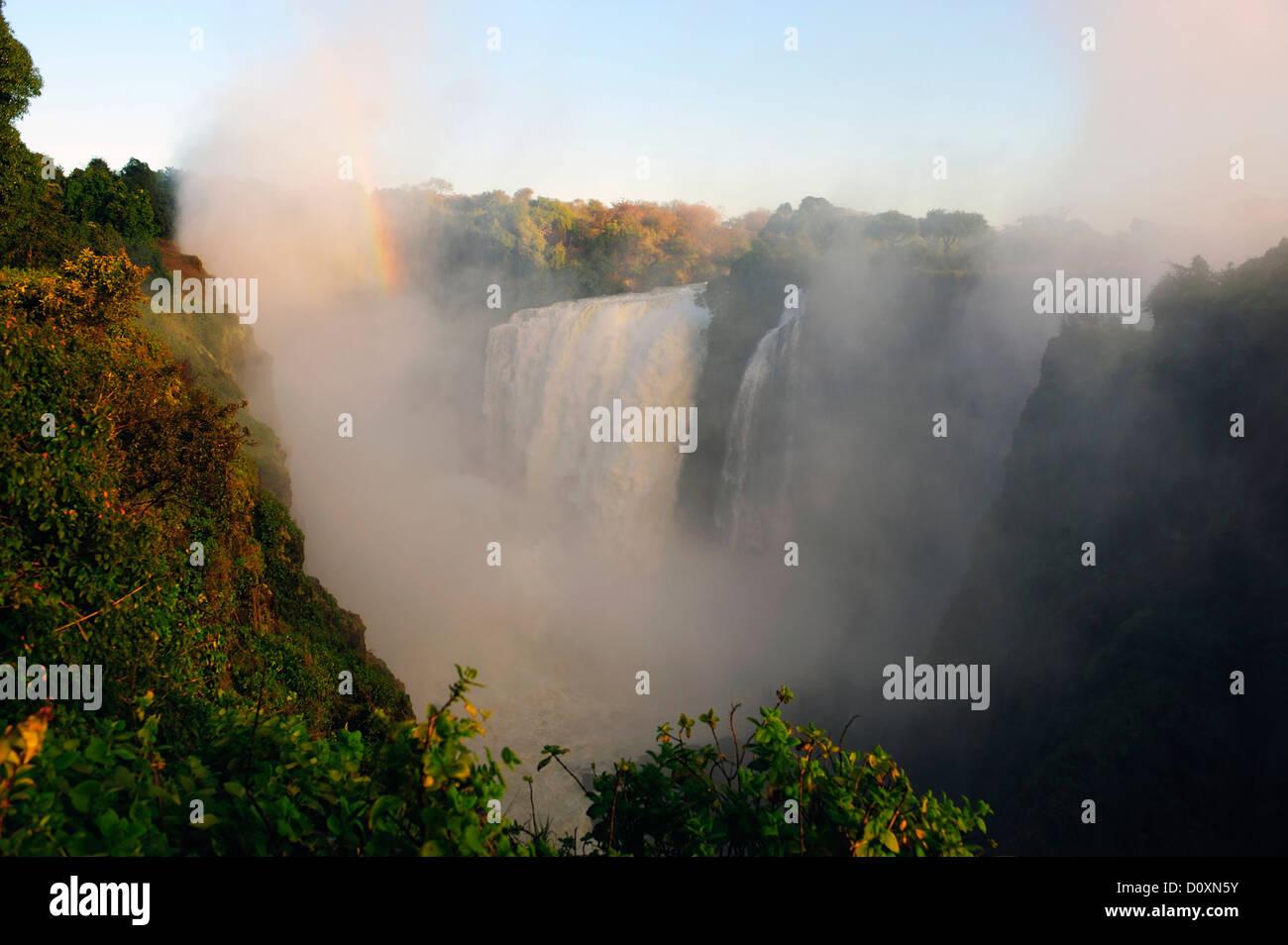 L'Afrique, le Zimbabwe, le Zambèze, fleuve, le sud de l'Afrique, les chutes Victoria, cascade, eau, Photo Stock