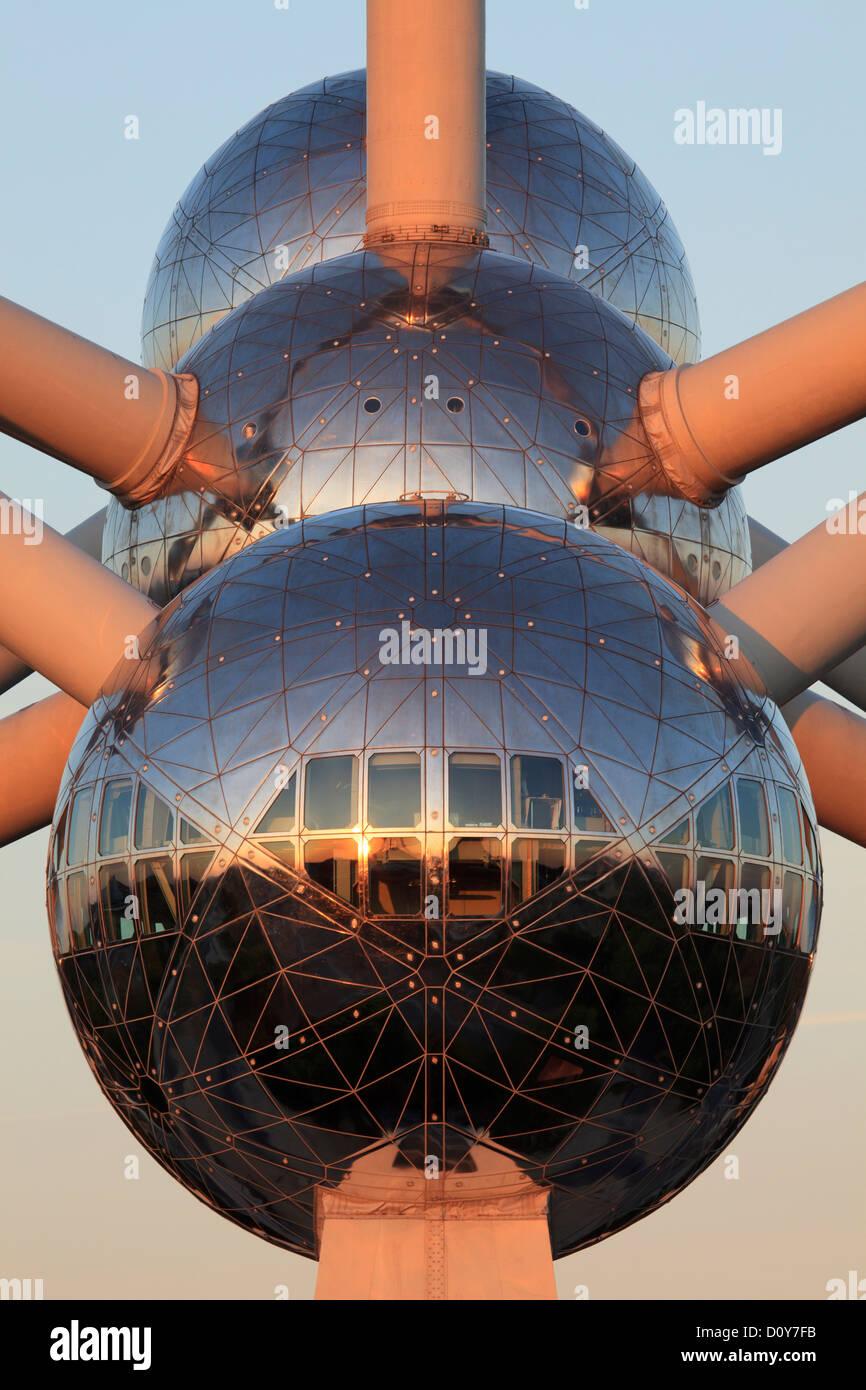 Trois sphères de l'Atomium à Bruxelles, Belgique Banque D'Images