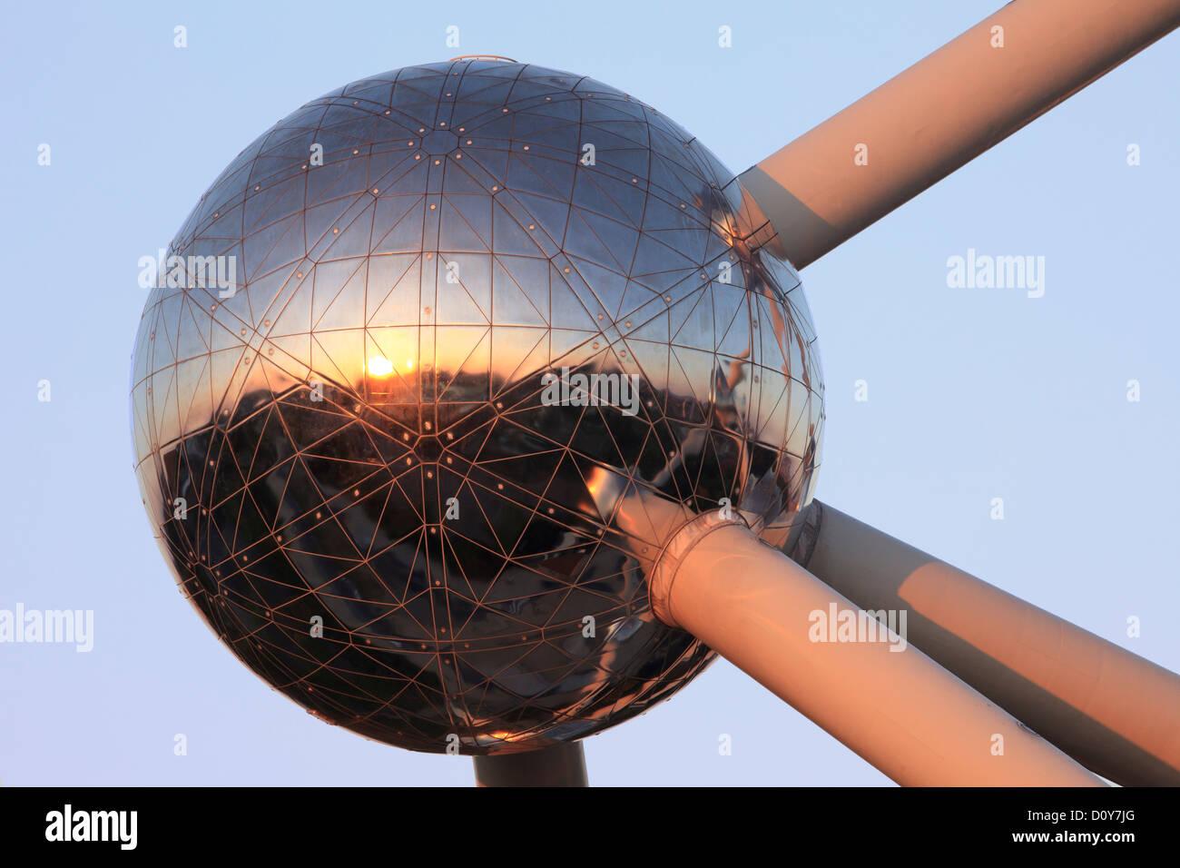 Libre d'une sphère de l'Atomium à Bruxelles, Belgique Banque D'Images