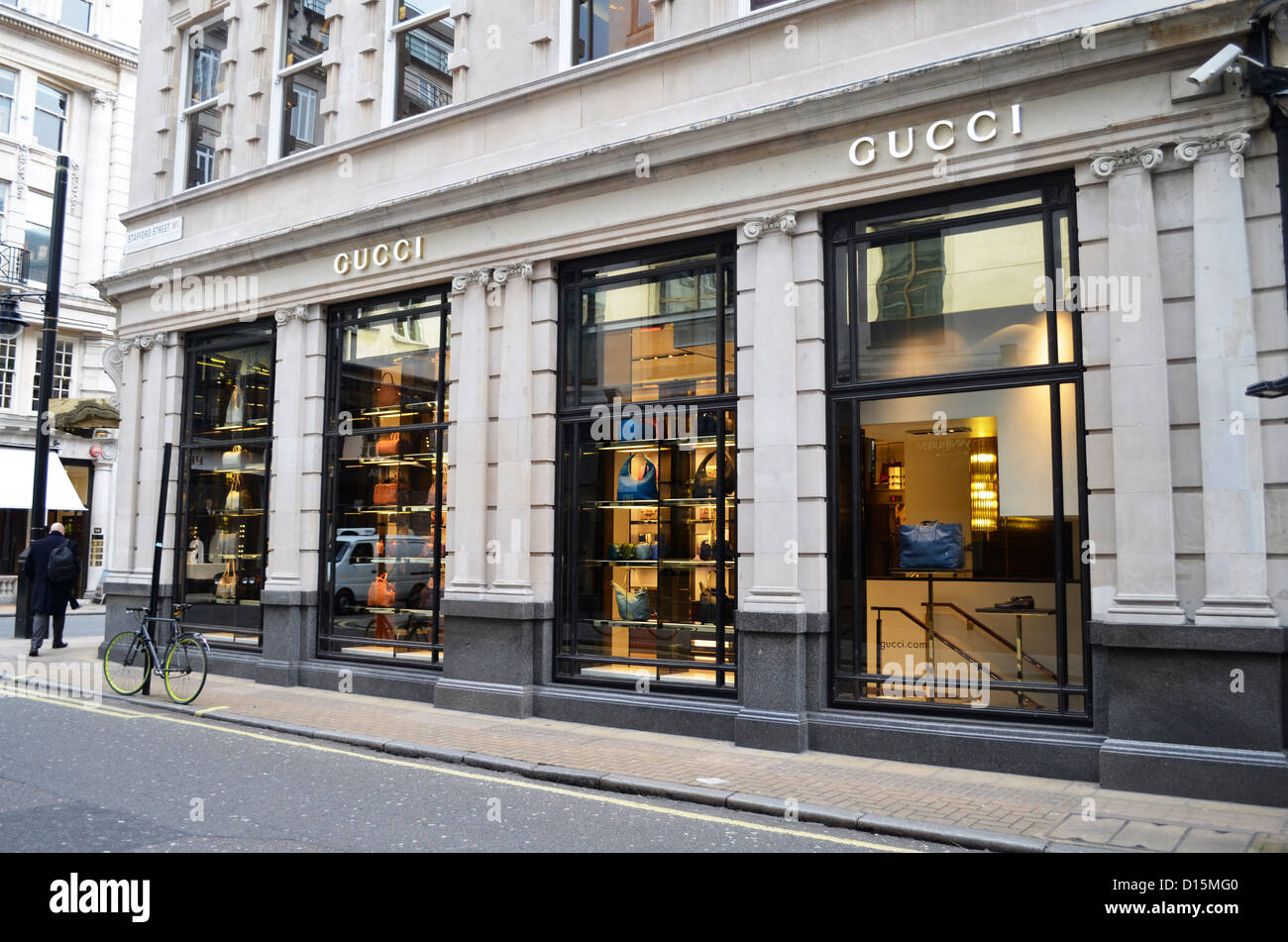 Magasin Gucci Londres, Mayfair Banque D Images, Photo Stock ... 2bca033a73b