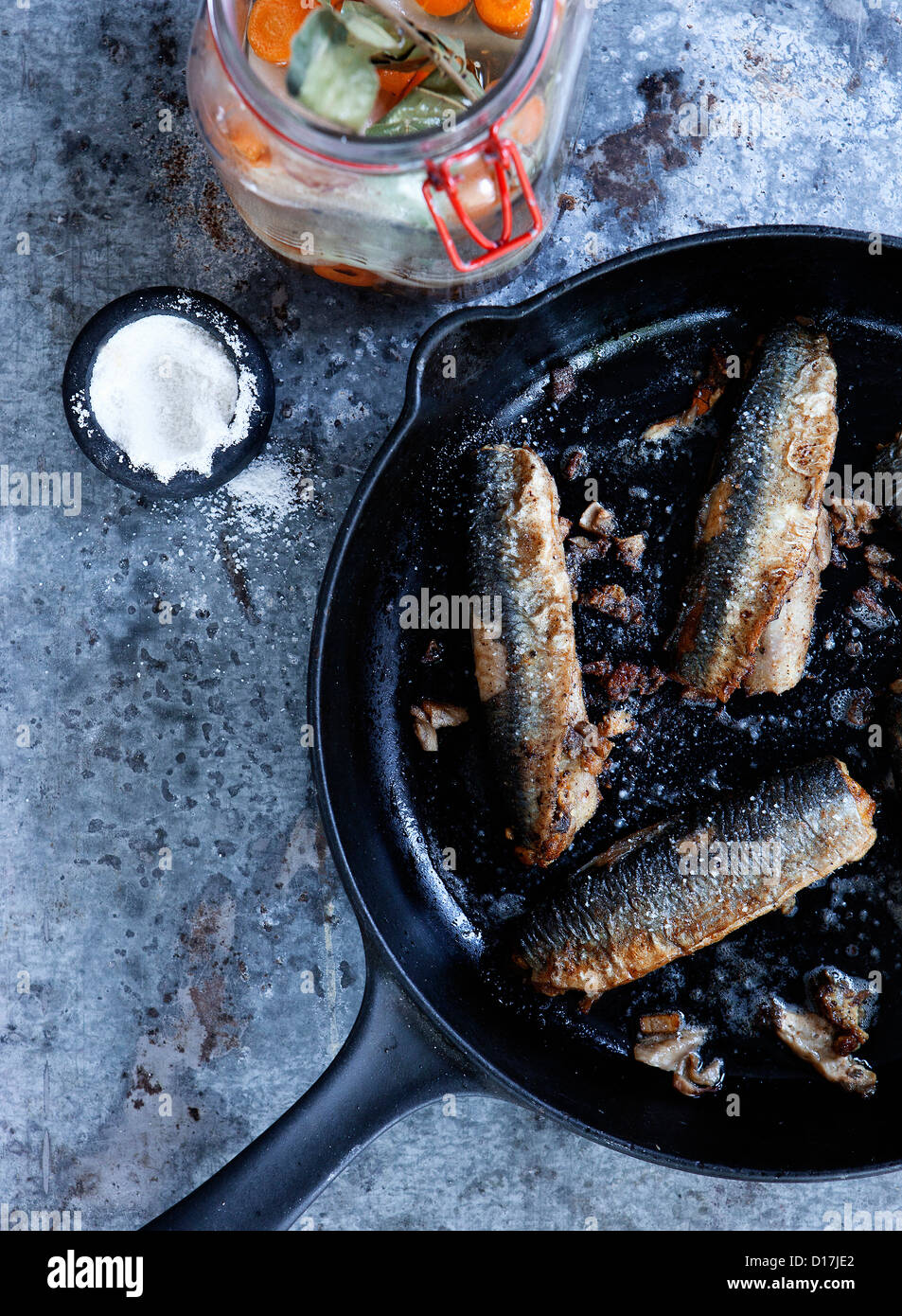 Casserole de poisson frit Photo Stock