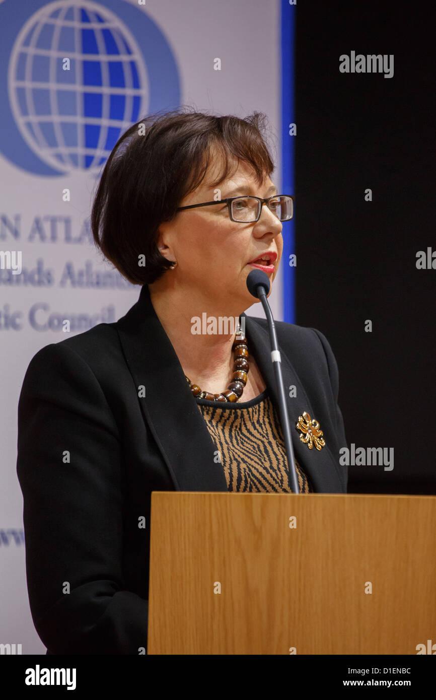 Mme Helena Partanen est un directeur de la politique de défense au ministère de la défense de la Photo Stock