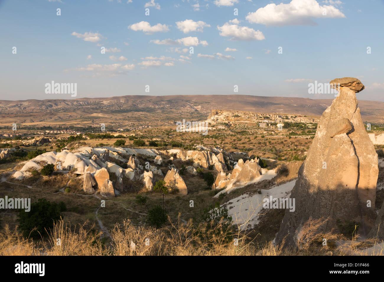 Cheminee De Fee Rock Formations Pres De L Urgup Cappadoce