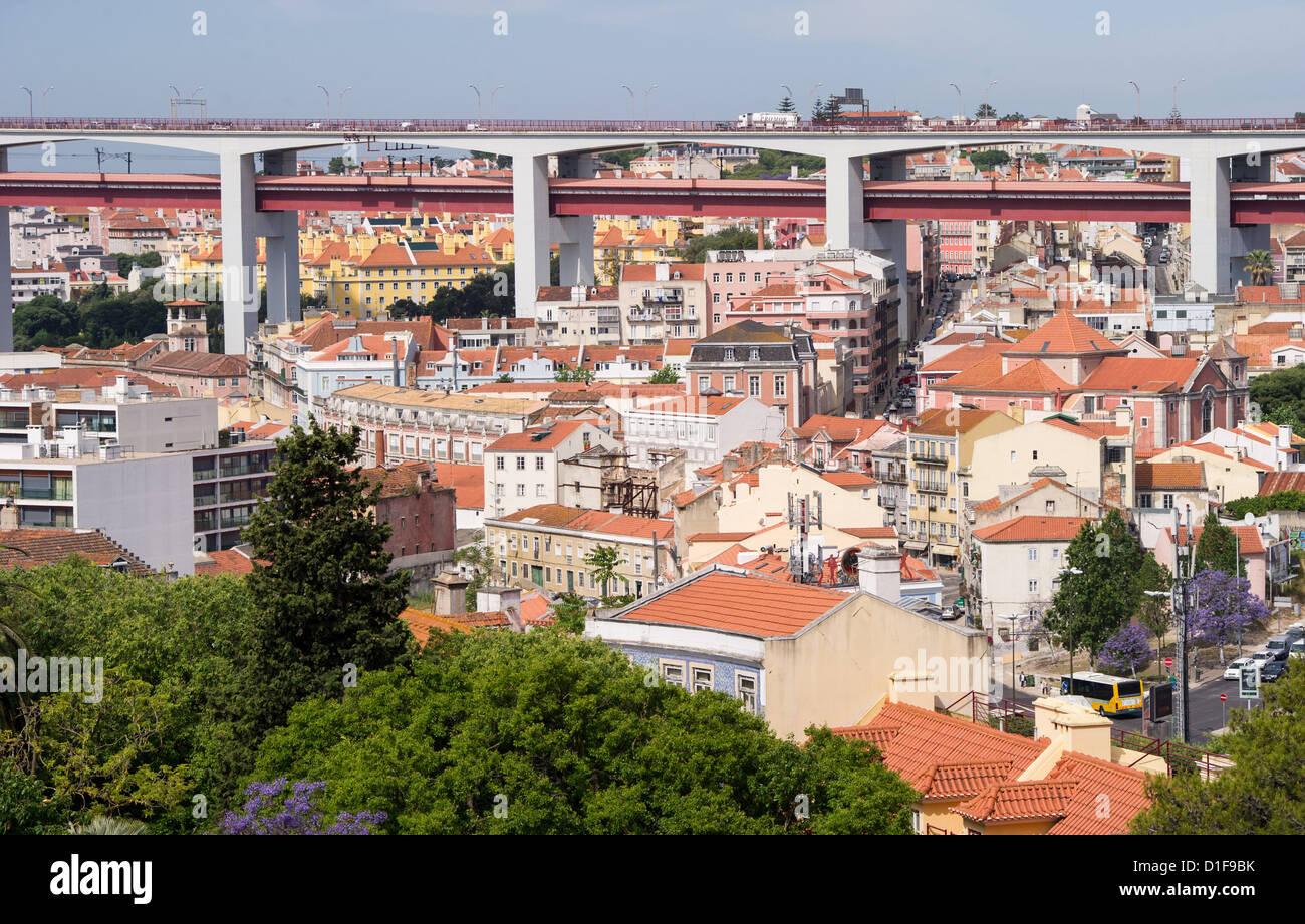 (Dossier) une archive photo datée du 30 mai 2012 maisons et édifices à bureaux montre à Lisbonne, Photo Stock