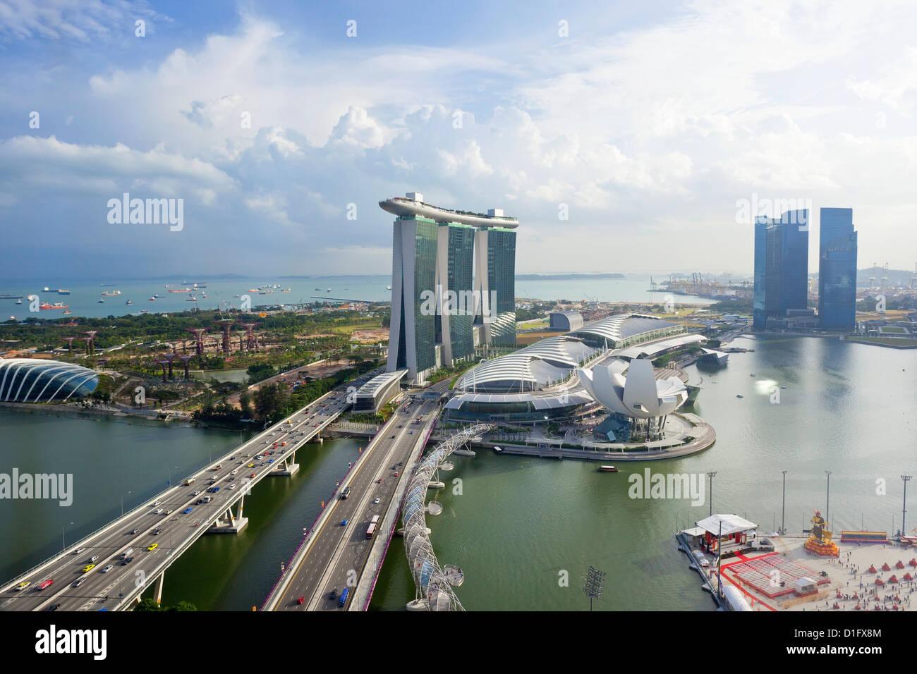 L'Helix Bridge et Marina Bay Sands, Singapour Marina Bay, à Singapour, en Asie du Sud-Est, l'Asie Photo Stock