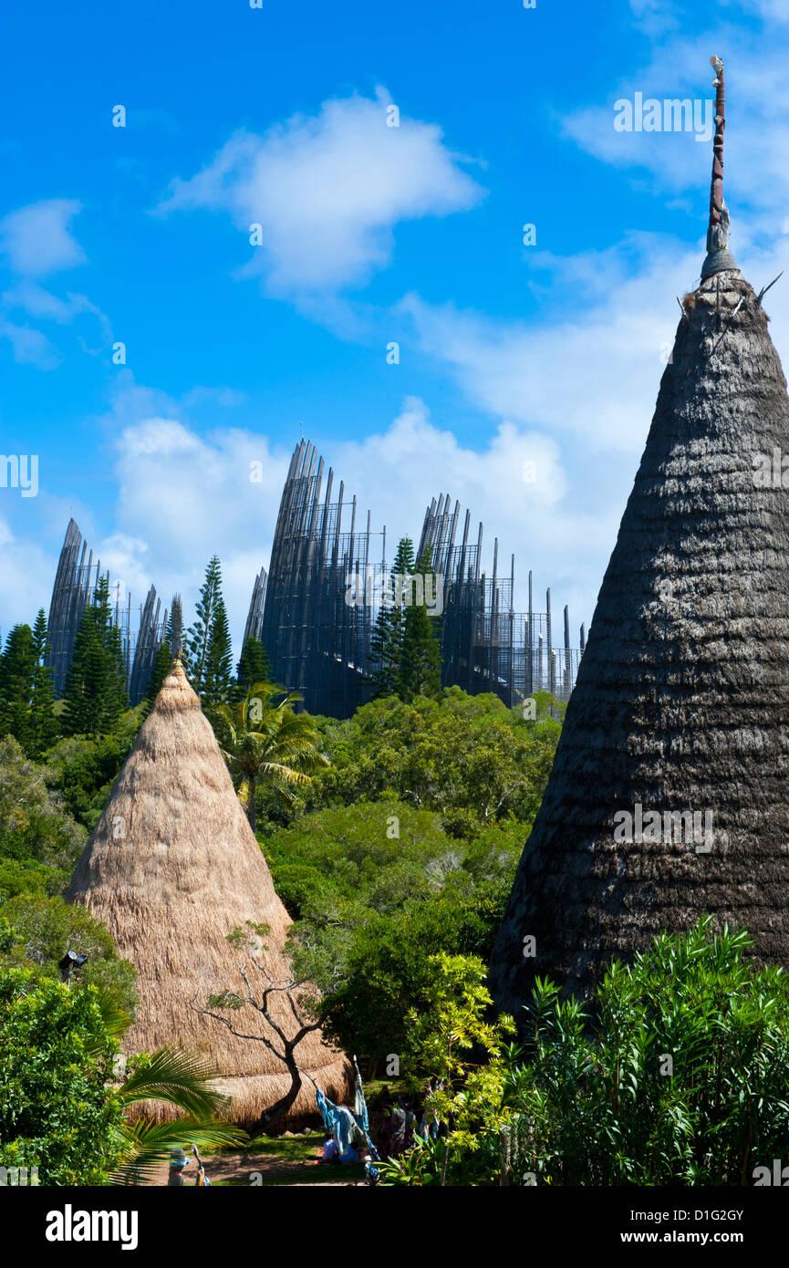 Centre culturel Tjibaou à Nouméa, Nouvelle-Calédonie, en Mélanésie, le Pacifique Sud, du Photo Stock