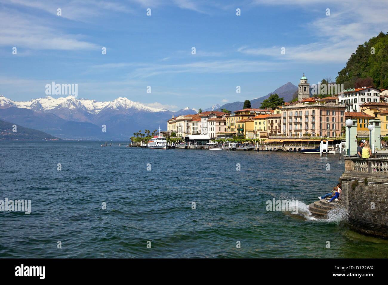 Soleil du printemps à Bellagio, Lac de Côme, Lombardie, lacs italiens, Italie, Europe Photo Stock