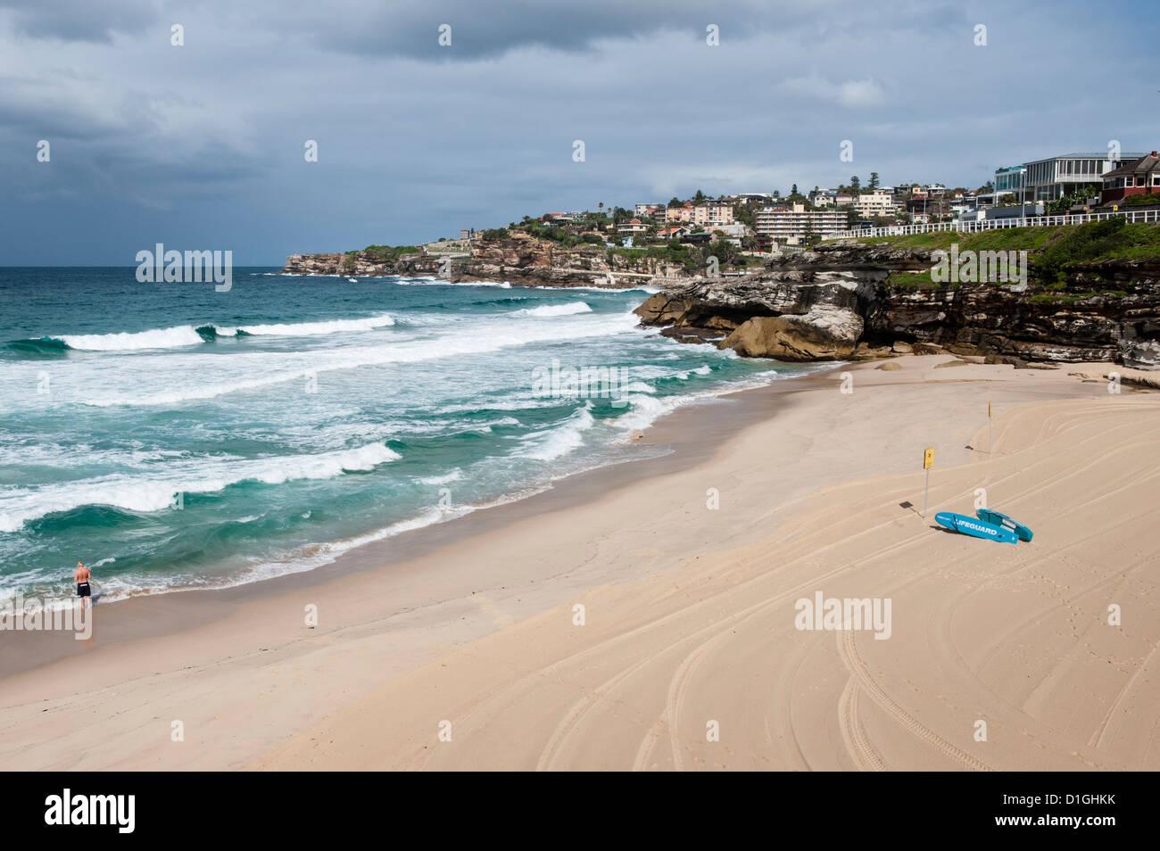 La promenade le long du front de mer dans la banlieue est de Sydney est superbe avec une vue magnifique sur les Photo Stock